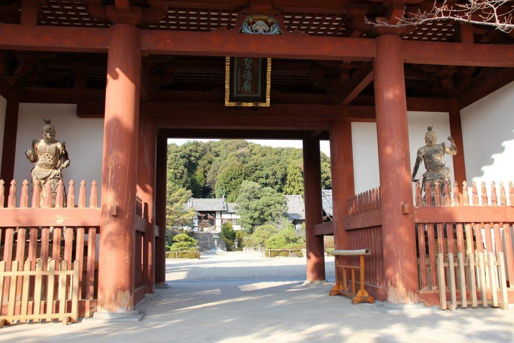 叡福寺仁王像
