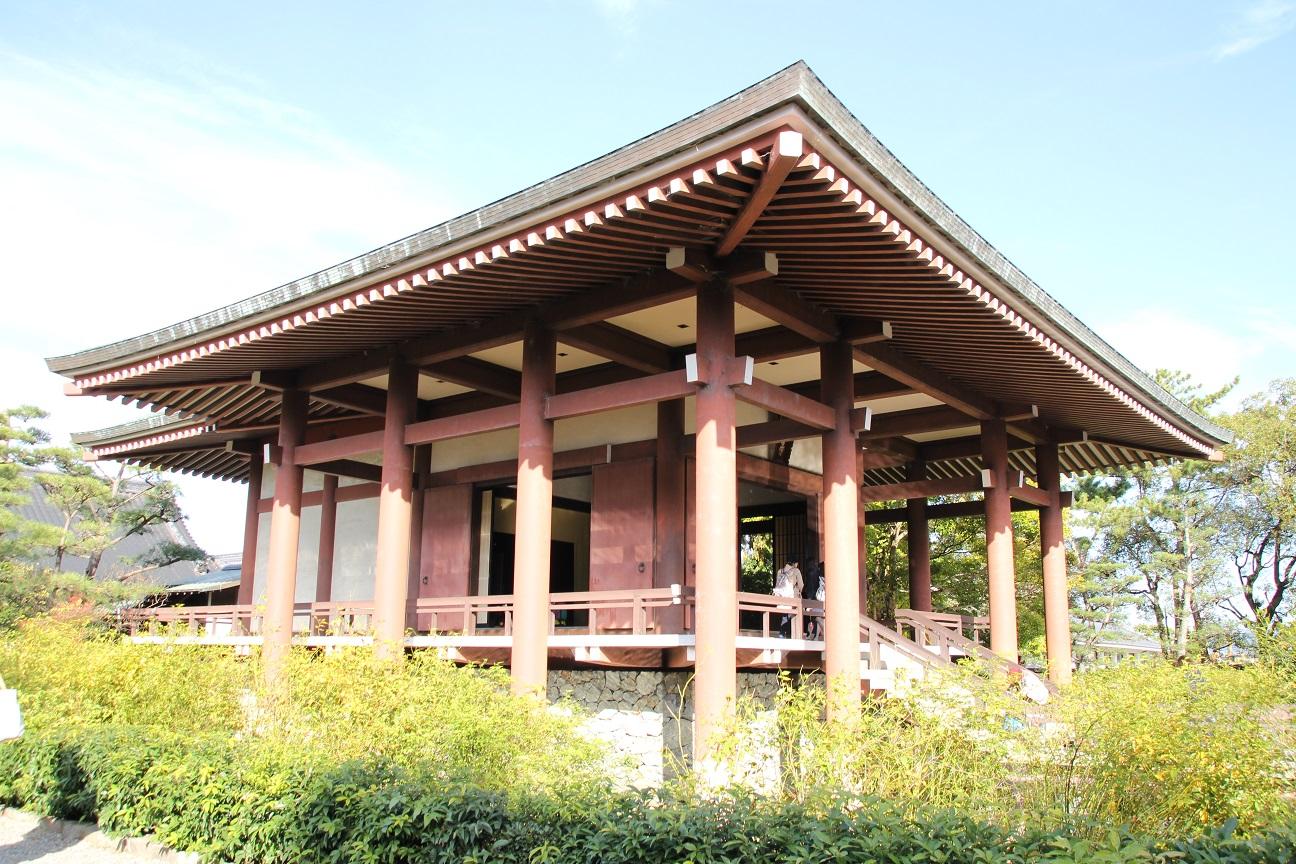 中宮寺 国宝菩薩半跏像に会える寺院【御朱印】