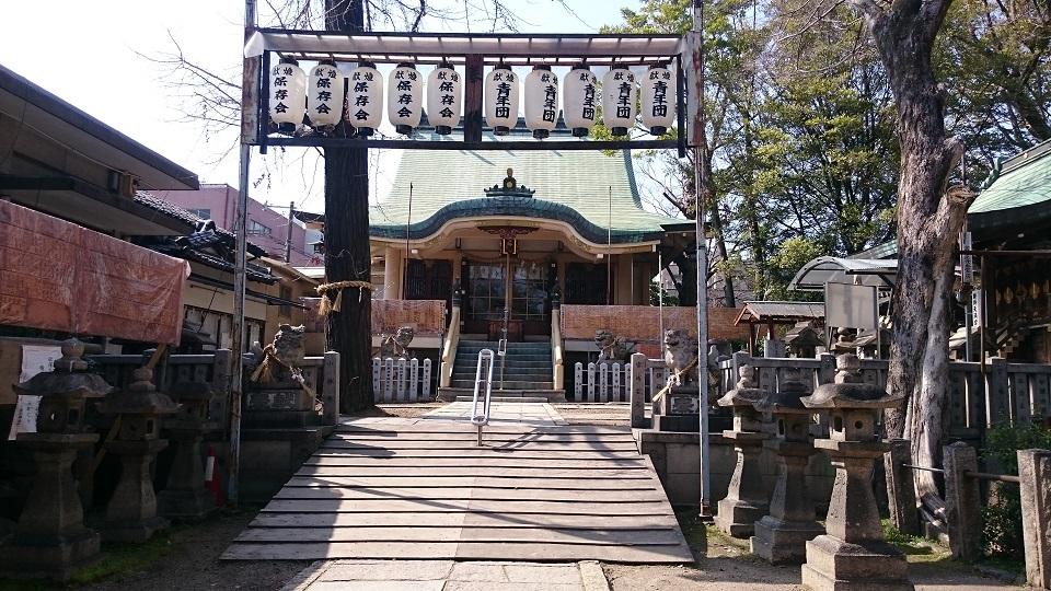 諏訪神社 菅原道真公の腰掛石が残る古社【御朱印】